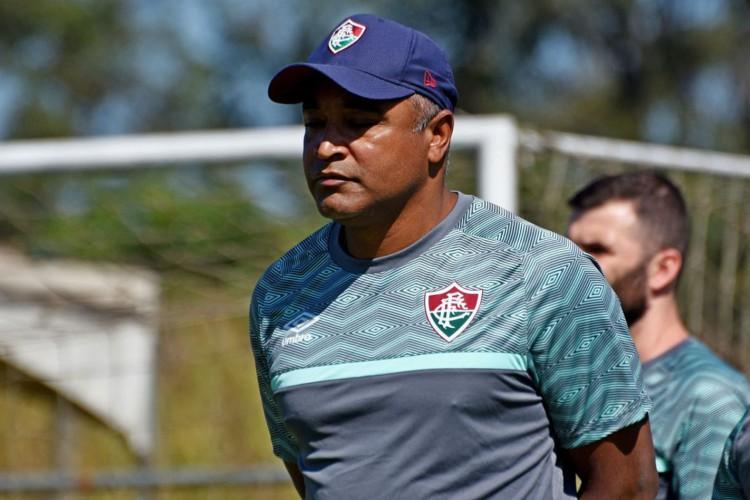 Roger Machado quer força máxima contra Criciúma nesta terça-feira (Foto: )