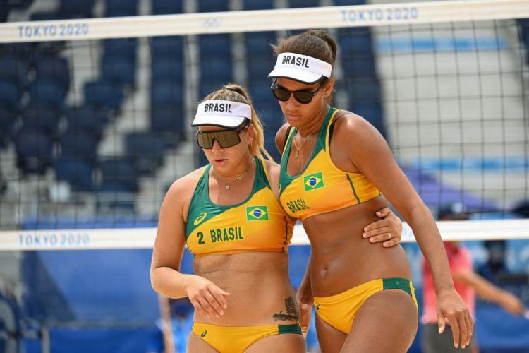 Rebecca Silva e Ana Patricia (Foto: Angela WEISS / AFP)