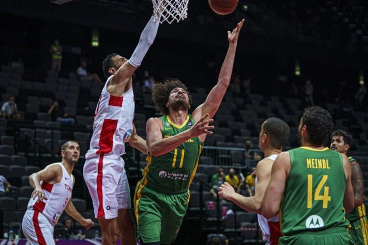 O Brasil não se classificou para as Olimpíadas de Tóquio no basquete, nem no masculino e nem no feminino (Foto: Reprodução/Twitter @basquetebrasil)