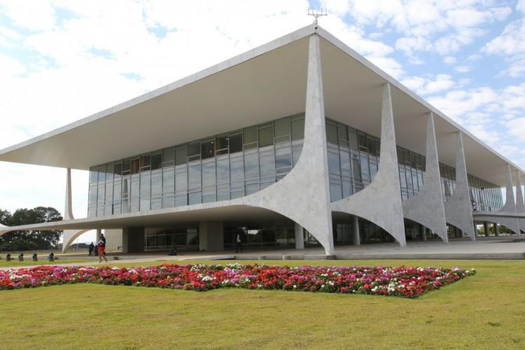 Palácio do Planalto na Praça dos Três Poderes em Brasília (Foto: Fabio Rodrigues Pozzebom/Agência Brasil)