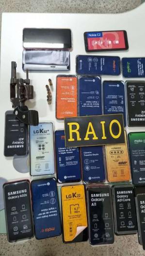 Um total de 24 celulares roubados foram recuperados pela Polícia Militar (Foto: Foto: Polícia Militar)