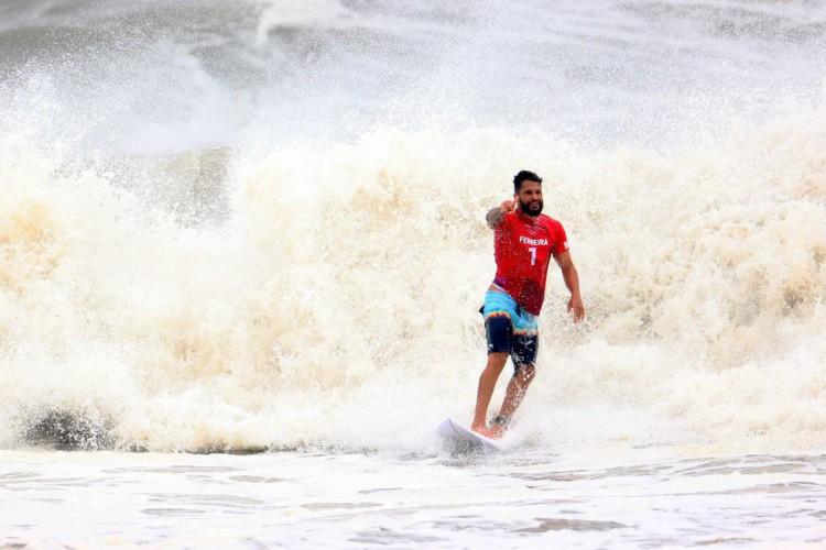 Olimpíada: Ítalo Ferreira faz final do surfe contra Kanoa Igarashi (Foto: )