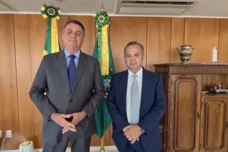 O anúncio foi feito pelo presidente e o ministro do Desenvolvimento Regional, Rogério Marinho (Foto: Reprodução)