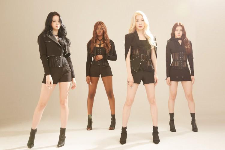 Blackswan é um grupo de k-pop que conta com Leia, uma integrante brasileira (Foto: Divulgação)