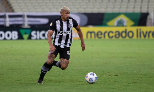 Fernando Sobral deve ter nova dupla na volância para a partida do Ceará contra o Santos, no Castelão
