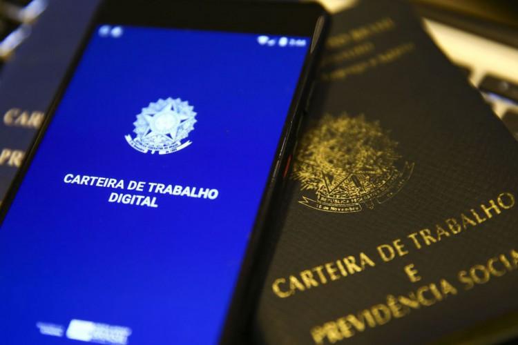 Carteira de trabalho digital. (Foto: Marcelo Camargo/Agência Brasil)