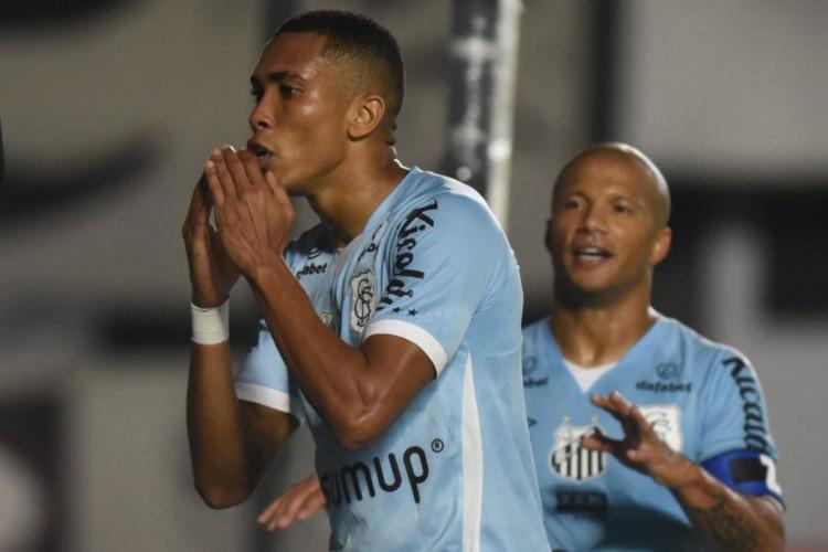 Copa do Brasil: Santos desencanta na etapa final e vence Juazeirense (Foto: )