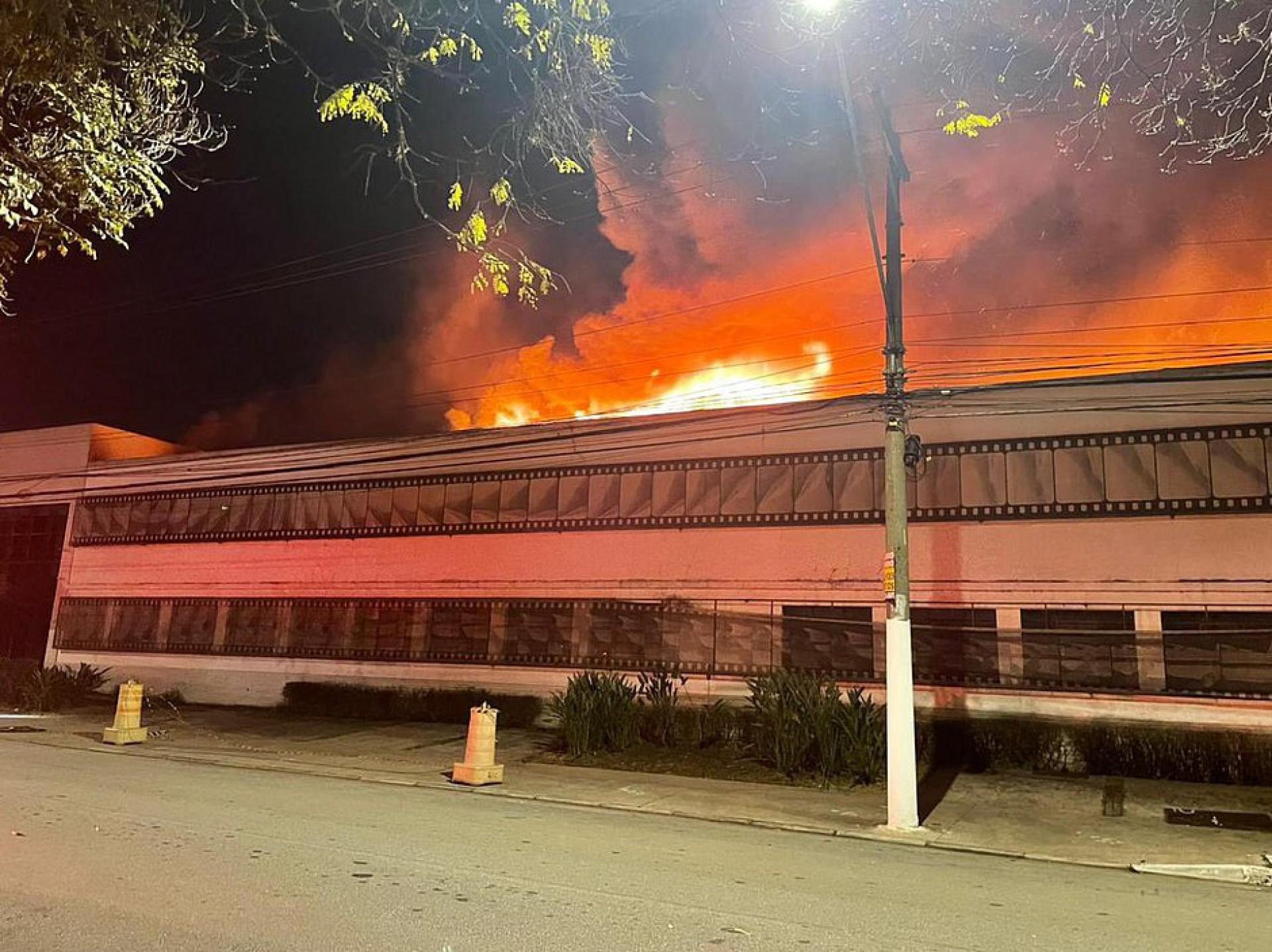Cinemateca já havia sido atingida por incêndio em 2016 e por enchente em 2020 (Foto: Redes sociais/Reprodução)