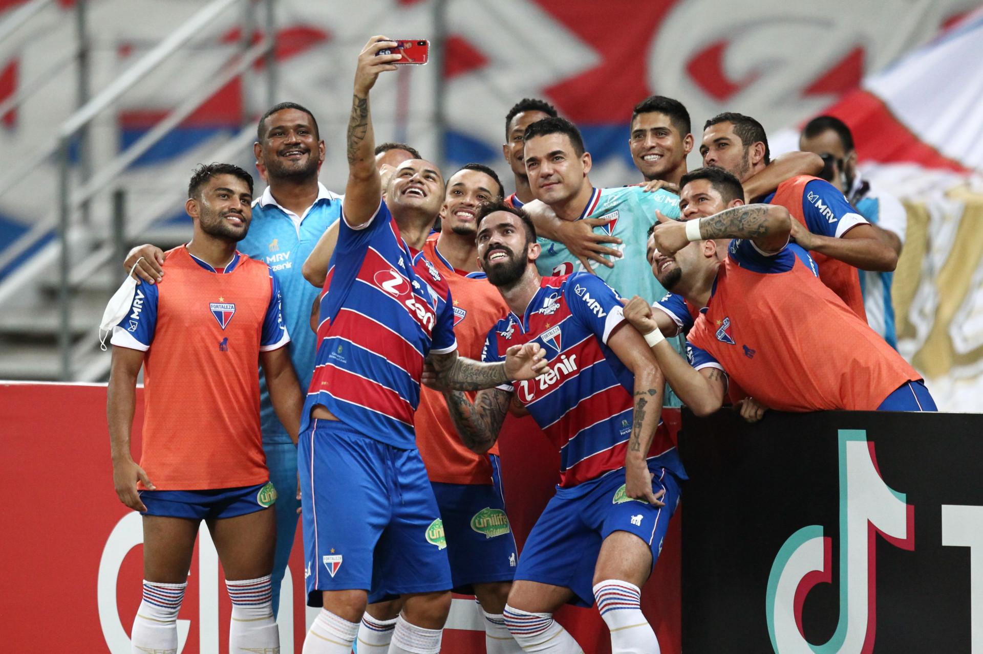 Após bater o Palmeiras no Allianz, o Fortaleza se tornou o melhor mandante da Série A (Foto: FABIO LIMA/O POVO)