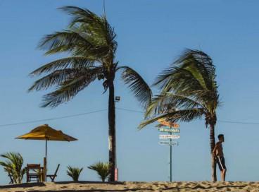 Agosto promete ventos mais intensos com rajadas significativas, aponta a previsão da Funceme