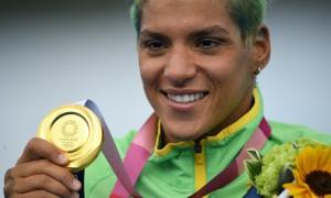 Ana Marcela coloca o 4º ouro para o Brasil no quadro de Tóquio