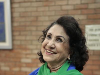 Mazé Figueiredo é gerontóloga, pedagoga e atriz, mossoroense de nascimento, cearense de coração