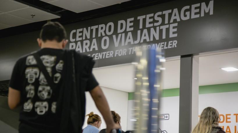 Todos os casos da variante Delta confirmados no Estado são de viajantes que testaram positivo para a Covid-19 no Centro de Testagem do Aeroporto Internacional de Fortaleza(foto: Aurelio Alves)