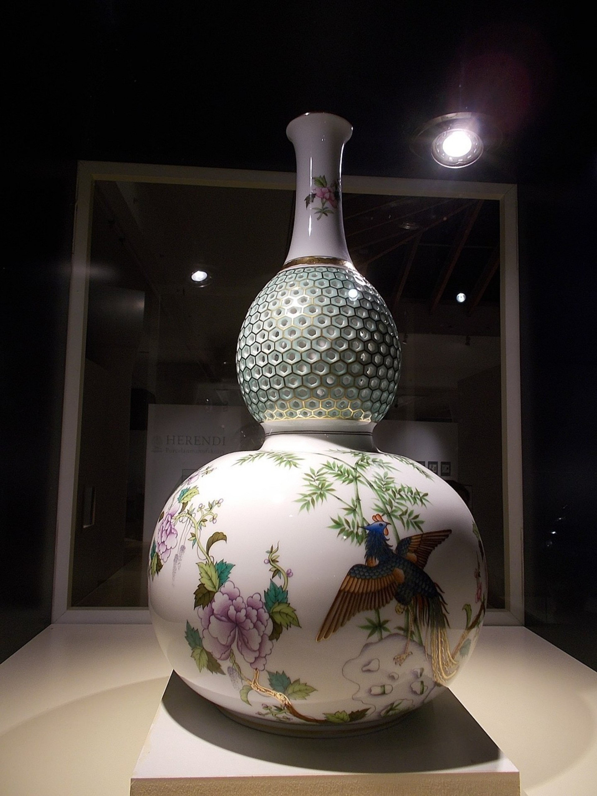 Herend Porcelain Manufactory (Foto: Globetrotter19/Creative Commons)