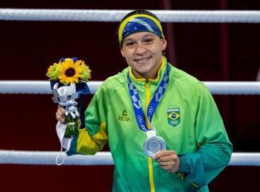 08.08.2021- Jogos Olímpicos Tóquio 2020 - Beatriz Ferreira do Brasil conquista a prata na categoria até 60kg do boxe feminino. Foto: Miriam Jeske/COB