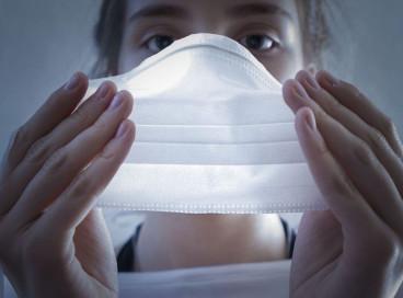 Com a pandemia de Covid-19, uso de máscaras e distanciamento social seguem como medidas importantes de prevenção à doença e outros casos de Síndromes Respiratórias