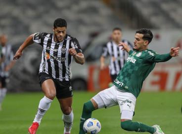 Entre os jogos de hoje, terça-feira, 21 de setembro, Palmeiras e Atlético-MG se enfrentam pela Libertadores. Veja onde assistir ao vivo à transmissão e qual horário dos jogos do dia