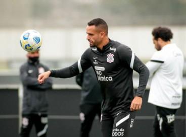 Renato Augusto deve estrear pelo Corinthians diante do Ceará