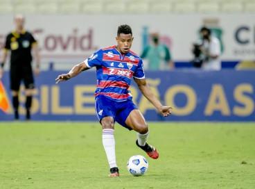 Matheus Jussa, volante do Fortaleza