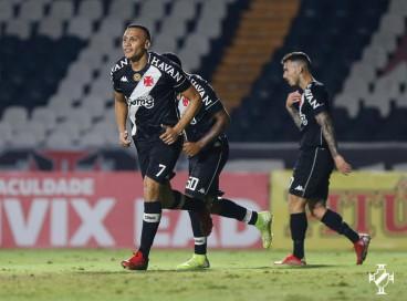 Entre os jogos de hoje, segunda, 27 de setembro, Vasco e Goiás se enfrentam pela Série B do Brasileirão. Veja onde assistir ao vivo à transmissão e qual horário dos jogos do dia