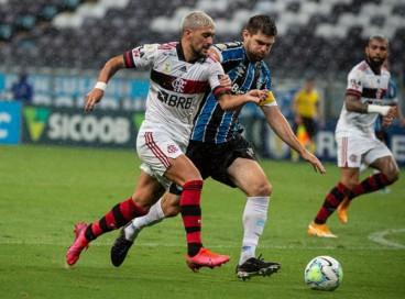 Entre os jogos de hoje, quarta, 25 de agosto, Grêmio enfrenta o Flamengo pela Copa do Brasil.