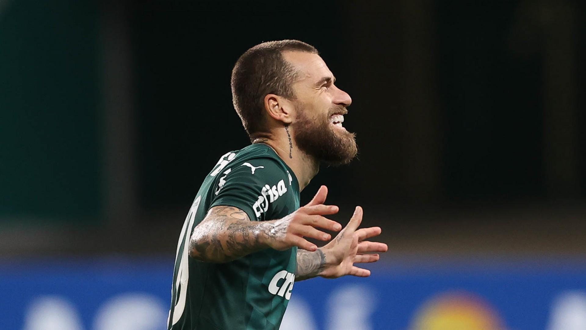 Lucas Lima tem acerto com o Fortaleza, mas depende da liberação do Palmeiras