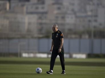 Técnico Tite em treino da seleção brasileira no CT do Corinthians, em São Paulo
