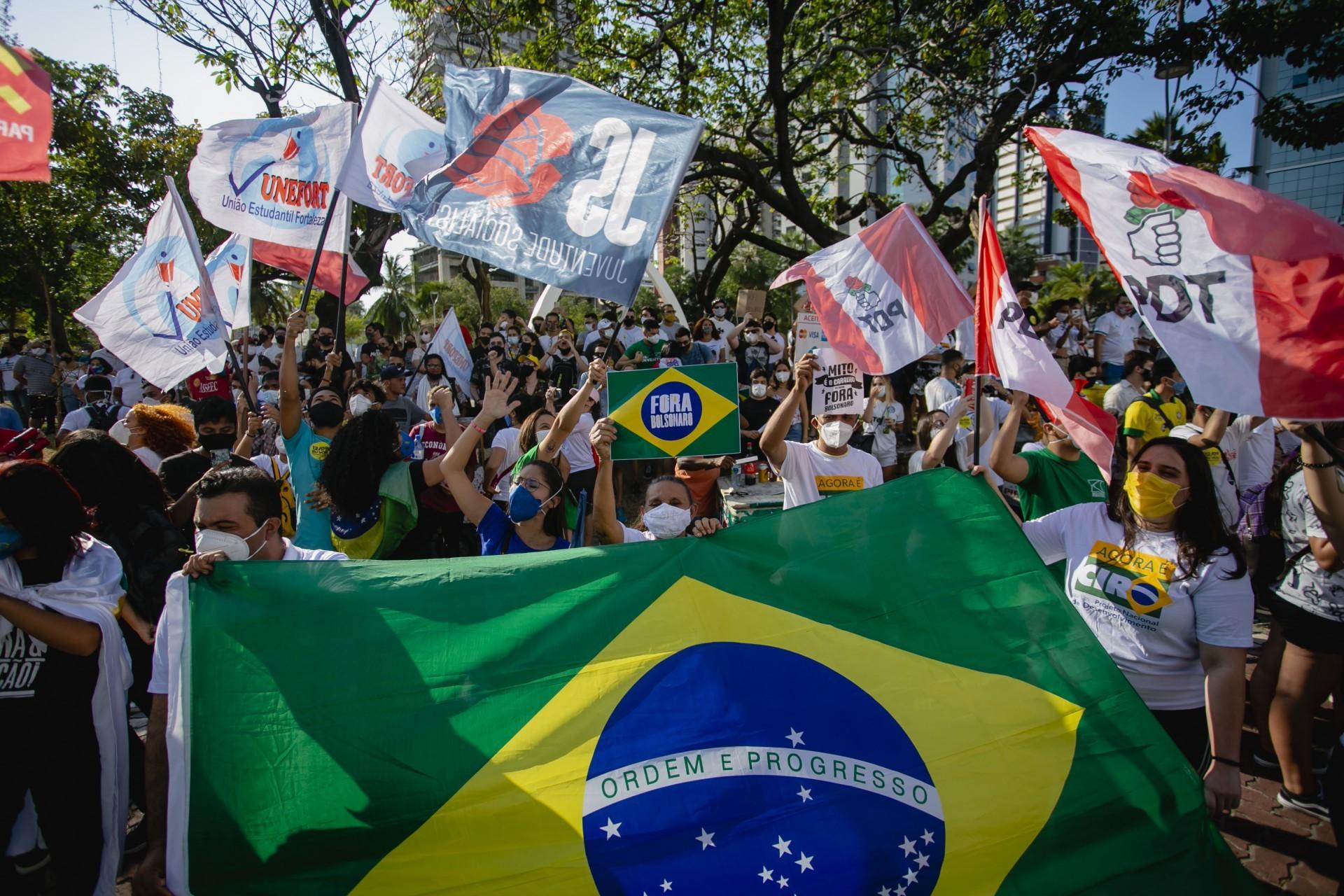 Oposição não tem o poder de mobilização de Bolsonaro