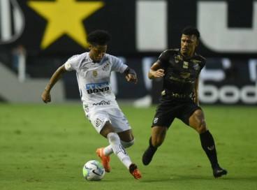 Ceará e Santos se enfrentam na Arena Castelão