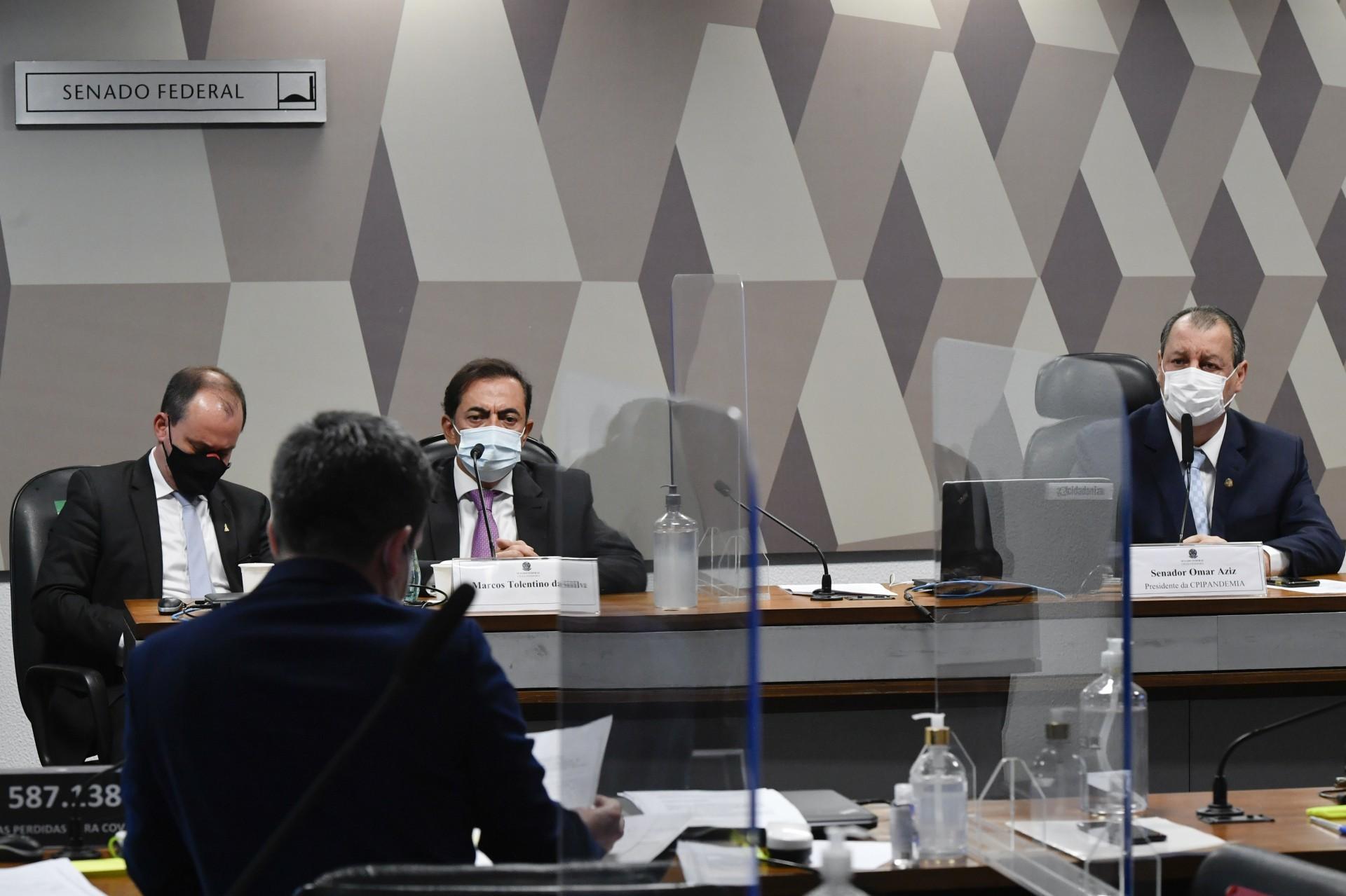 Comissão Parlamentar de Inquérito da Pandemia (CPIPANDEMIA) realiza oitiva do advogado apontado como sócio oculto da empresa FIB Bank, que forneceu à Precisa Medicamentos uma garantia irregular no negócio de compra da vacina indiana Covaxin pelo Ministério da Saúde. (Foto: Leopoldo Silva/Agência Senado)