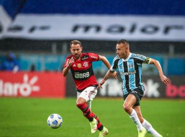 Copa do Brasil: Flamengo e Grêmio duelam em busca de vaga na semifinal