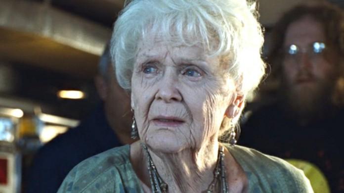 Gloria Stuart como Rose Dawson em Titanic
