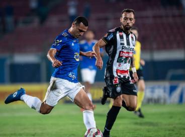 Série B: VAR anula gol nos acréscimos e Cruzeiro empata com Operário