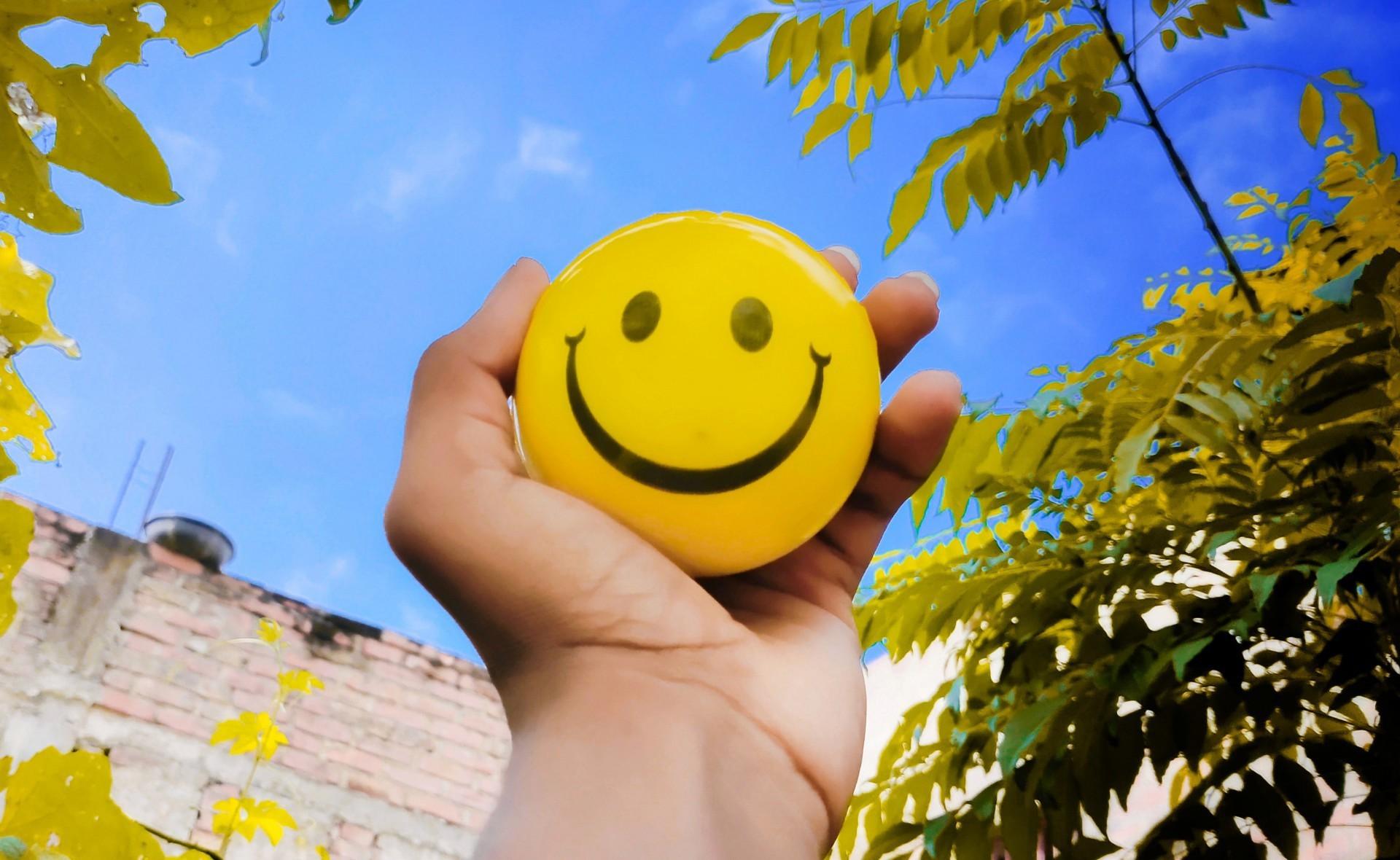 Estudo revela os 10 países mais felizes do mundo