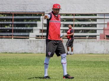 Sob o comando do treinador Anderson Batatais, o Ferroviário realizou seu último treinamento antes do confronto diante do Manaus-AM.