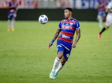 Atacante David deve retornar ao time titular do Fortaleza diante do Athletico-PR