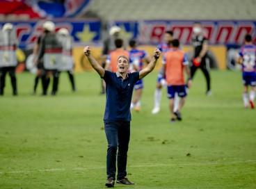 Vojvoda, técnico do Fortaleza, precisa ajustar Fortaleza para encarar o Atlético-MG