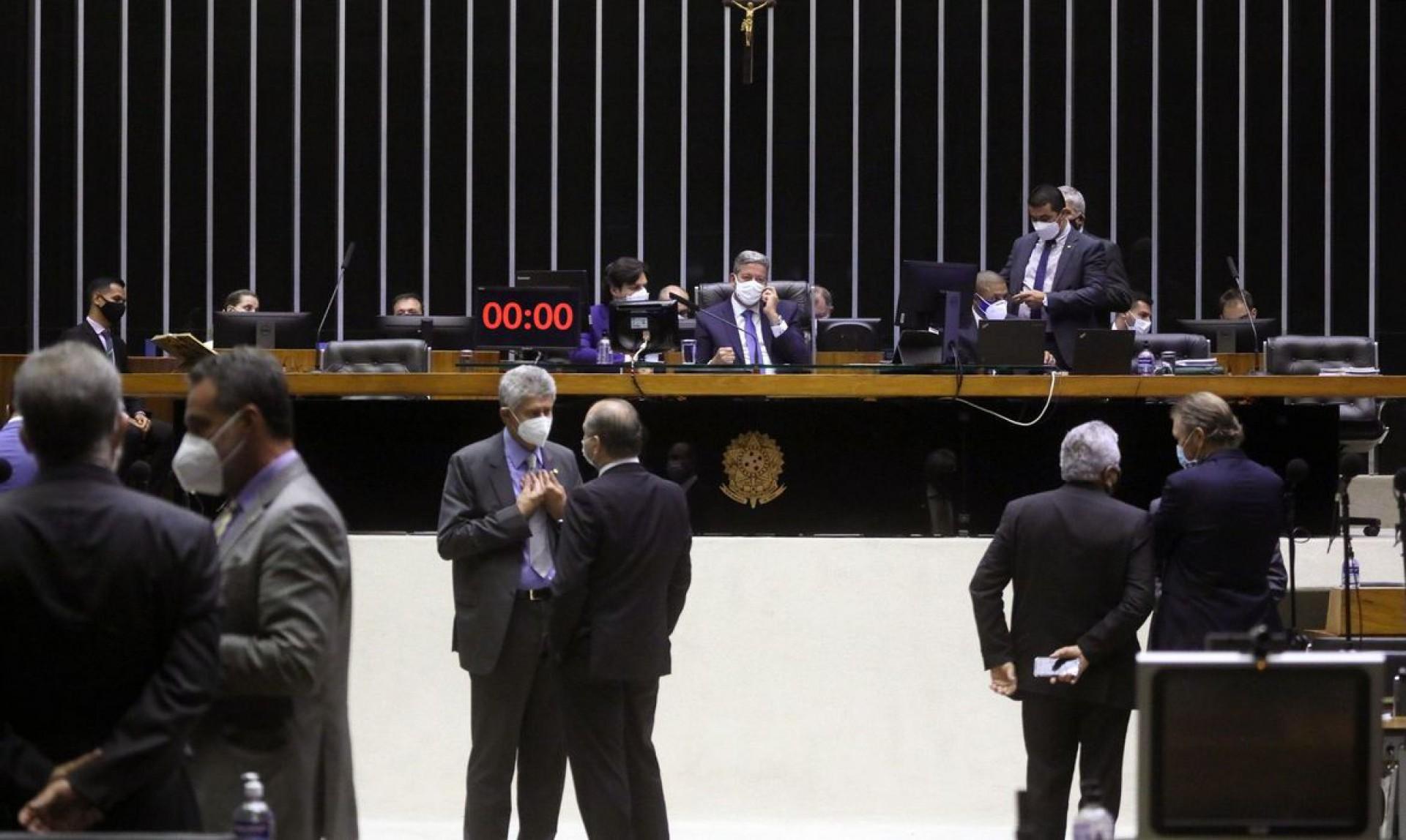 Câmara pode votar punição para quem divulgar imagens que promovam violência no trânsito