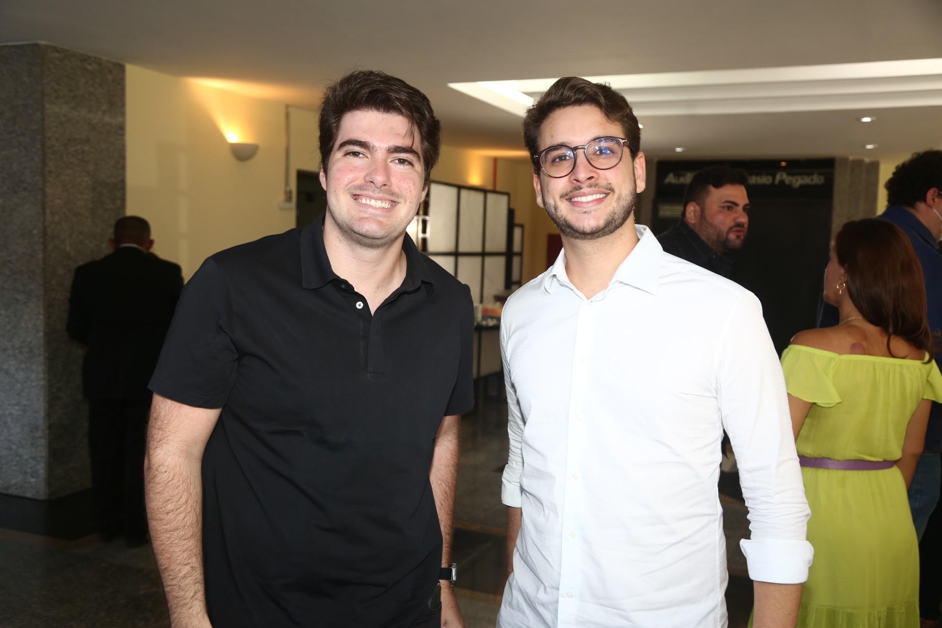 (Foto: Paulo Maximo/ Frisson/ Divulgação)Lucas Bonates e Felipe Carneiro