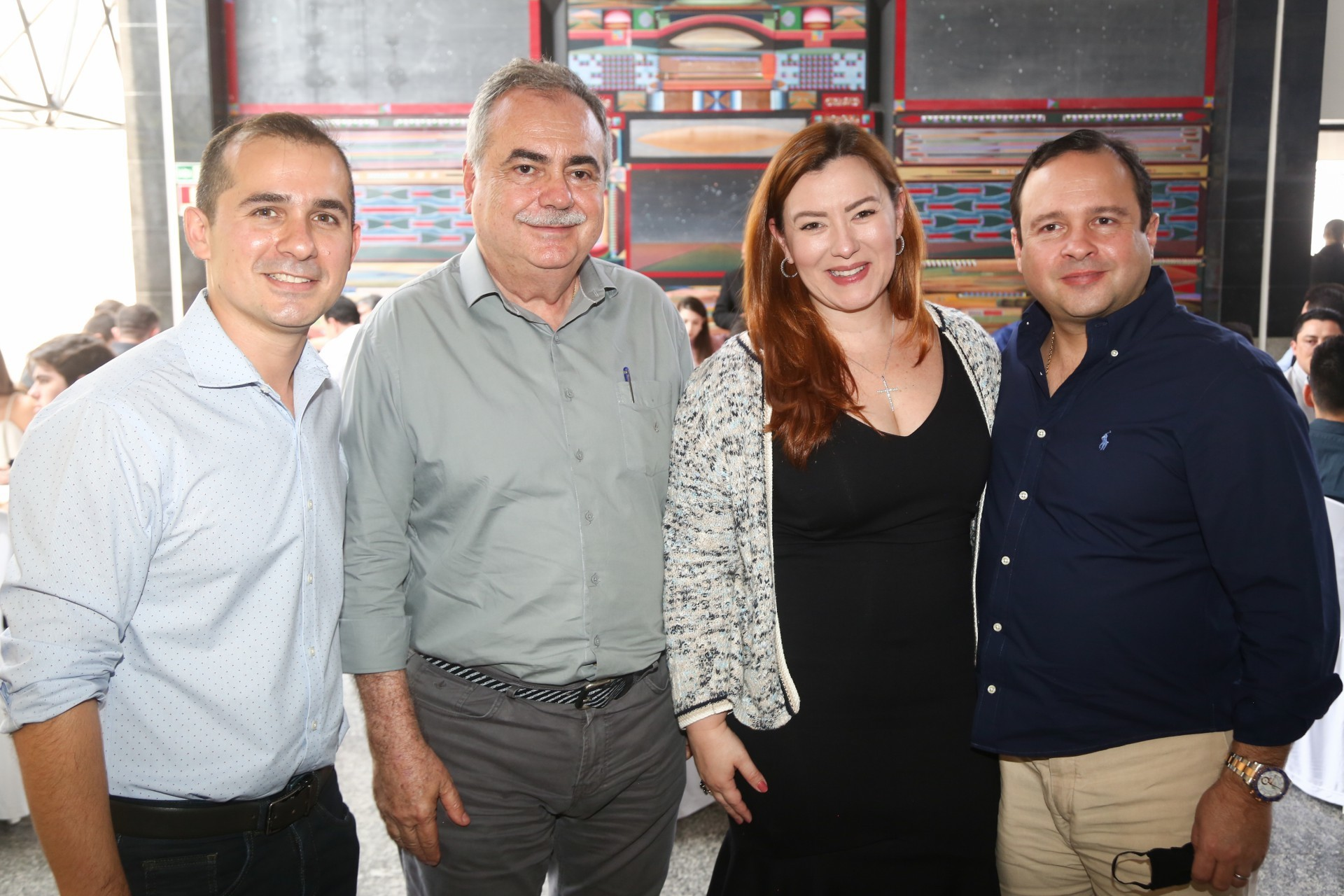 (Foto: Paulo Maximo/ Frisson/ Divulgação)Roberto Leite Junior, Assis Cavalcante, Aline e Igor Barroso