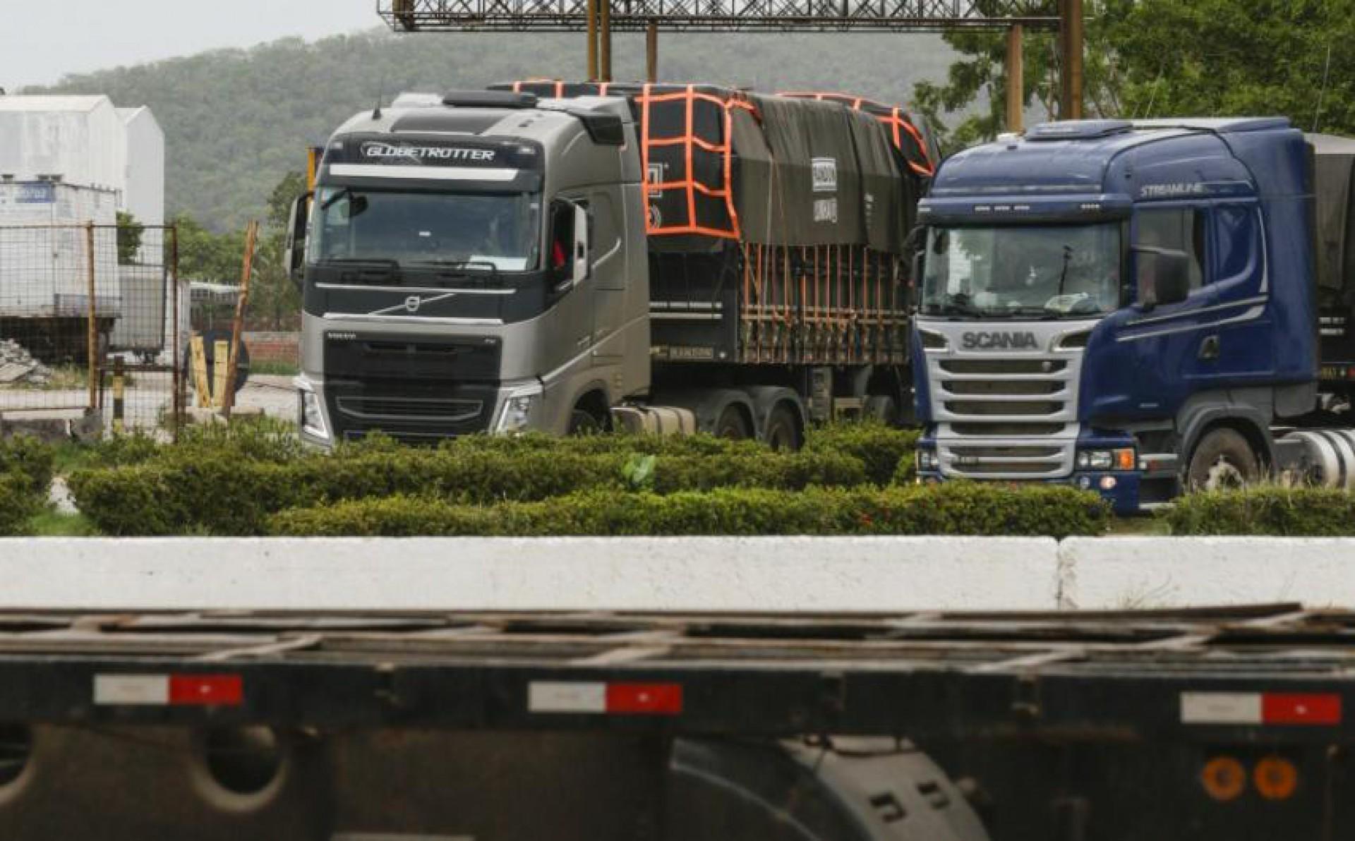Caminhoneiros convencem Bolsonaro (quem diria...) a reduzir teor de biodiesel