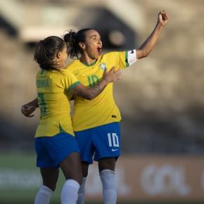 Seleção brasileira feminina goleia Argentina por 4 a 1 em amistoso