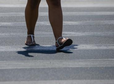 Avenida Aguanambi: pedestre na faixa