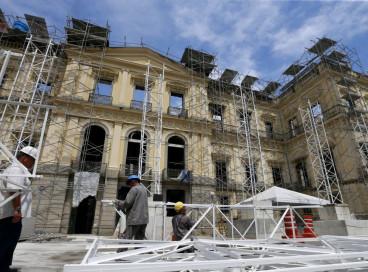 Pela primeira vez, cinco meses após o incêndio, o palácio que abrigava o Museu Nacional do Rio de Janeiro, foi aberto para a imprensa, e parte do acervo recuperado foi apresentado.