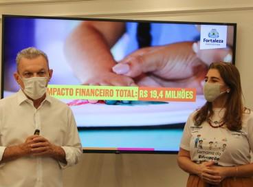 Prefeito anunciou medidas por meio de transmissão online nas redes sociais, nesta quarta-feira, 22