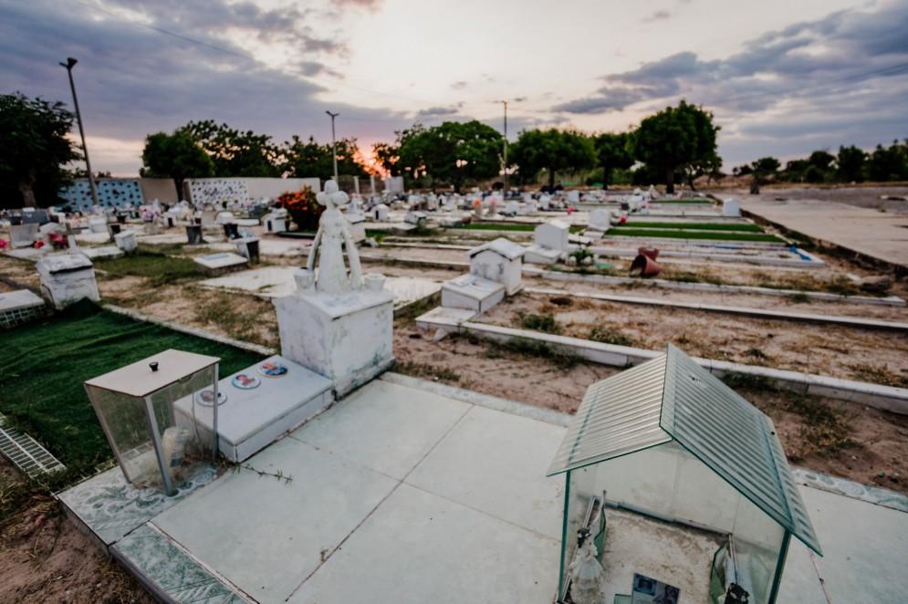 Cemitério de Jaguaribara. Os mortos foram os primeiros a realizarem a mudança para a nova sede da cidade. O cemitério foi o primeiro espaço a ser inaugurado(Foto: JÚLIO CAESAR)