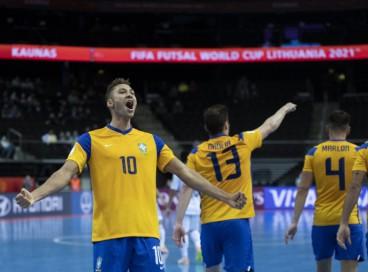 Brasil e Marrocos se enfrentam hoje, domingo, 26, pelas quartas da Copa do Mundo de Futsal; confira onde assistir ao vivo à transmissão do jogo, horário e provável escalação