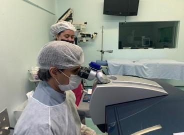 Transplante de córnea realizado no Instituto Cearense de Oftalmologia (ICO), pelo médico oftalmologista Giuliano Veras