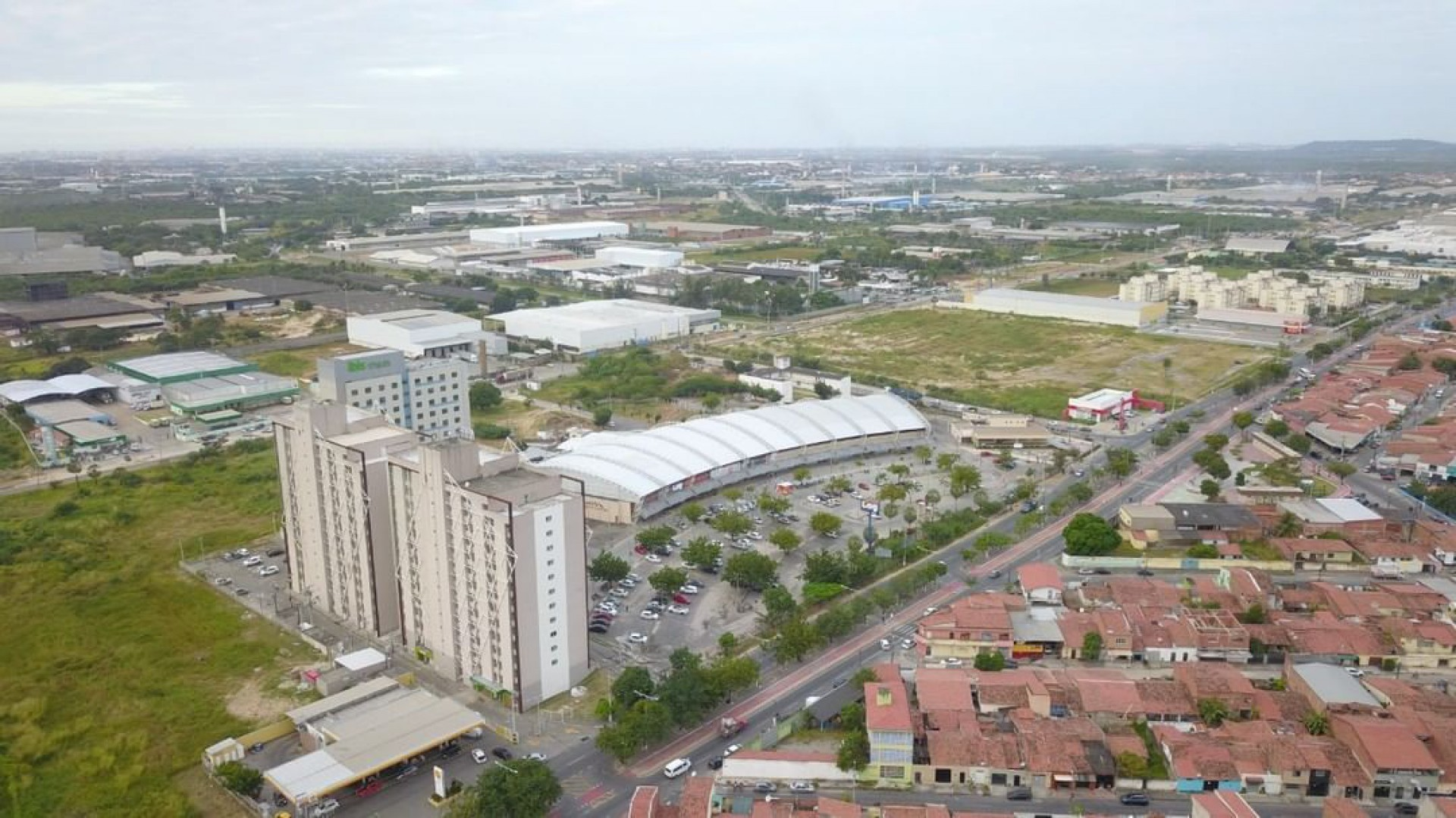 Vista aérea do município de Maracanaú, Região Metropolitana de Fortaleza