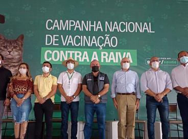 Saúde promove Dia D de vacina antirrábica na fronteira com a Bolívia